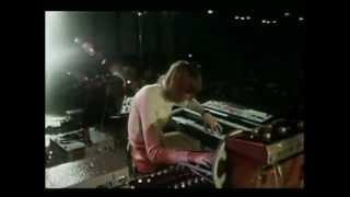 Kraftwerk и электронная революция(Этот документальный фильм (2008) рассказывает о творчестве Kraftwerk, как о времени создания -- конце 1960 года, так..., 2012-05-22T06:59:27.000Z)