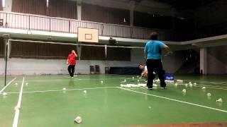 羽球單打防守練習