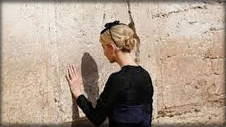 NOBODY COULD BELIEVE THE HEART WRENCHING THING IVANKA LEFT IN A HOLE IN THE WESTERN WALL
