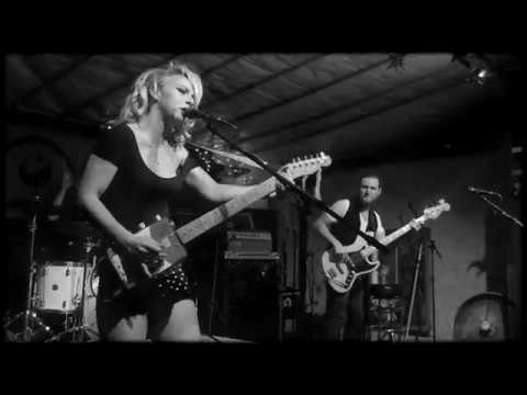 Samantha fish 2017 03 09 stuart florida terra fermata for Samantha fish chills and fever