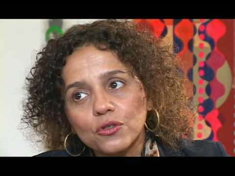 Beatriz Milhazes c/ Helena Lara Resende/ TV Imaginária, 3
