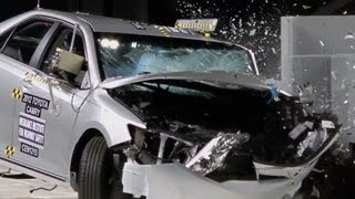 2012 Toyota Camry - CRASH TEST