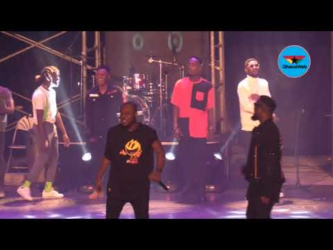 Rapperholic 2018: Sarkodie performs 'Bibii Ba' with Kofi Mole, Tulenky, Amerado, others