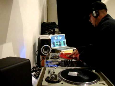 Dj Sez Scratch Freestyle.MPG
