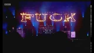 """Blink-182 - """"Violence"""" LIVE @ Reading 2014"""