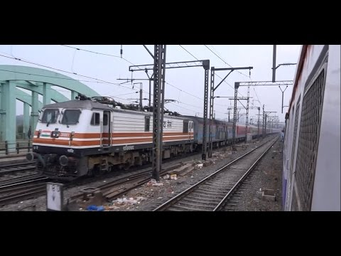 Spectacular Parallel Run Featuring Colourful Superfast Ac Express at Thane, Mumbai