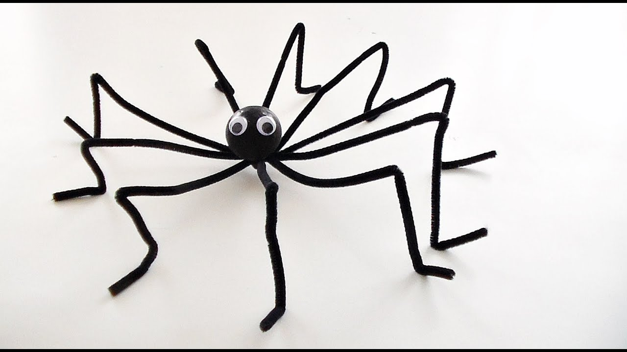 bricolage halloween comment fabriquer une araign e g ante youtube. Black Bedroom Furniture Sets. Home Design Ideas