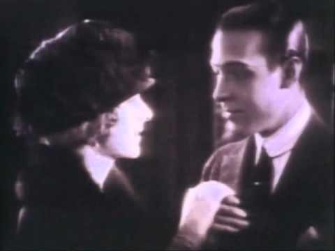 """Rodolfo Valentino e Alice Terry, 1921.Canta Vicente Celestino:""""E Nada Mais""""(Cândido das Neves),1935"""