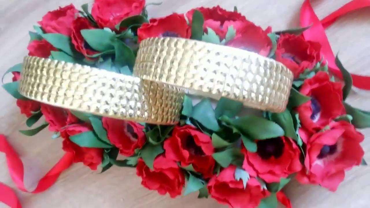 Цветочное украшение кольца на свадебную машину