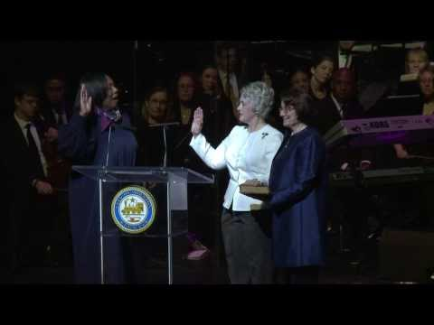 .: Houston Mayor, Council Members Sworn In :.