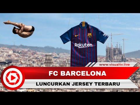Barcelona FC Memakai Seragam Baru di Partai Penutup La Liga 2017-2018 - 동영상