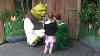 shreak and fiona share a private moment with a princess