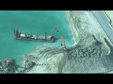 Palm Jumeirah Dubai - Dredging Sand