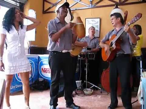 Los 5 del Son, Tamara Clevo, La Dichosa, Havana Vieja Cuba Obispo