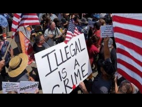 Pushing sanctuary cities