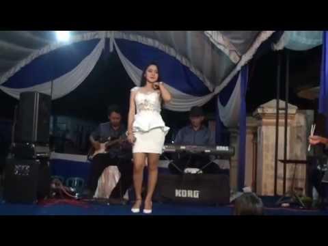 Vita Alvia - Ojo Nguber Welase Live Pernikahan