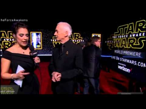 Anthony Daniels Interview - Star Wars The Force Awakens Red Carpet