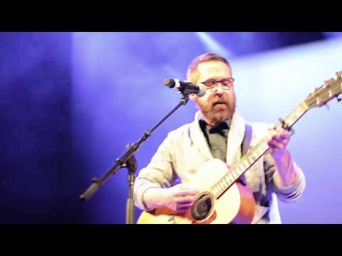 Brian Larney - I Hate Being in Love (Live at the Wall Street Theater)