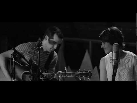 JJ Heller - I Believe (Acoustic Performance)