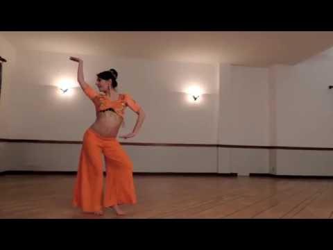 Bhaarateey - Indian Fusion Choreography by Elisa Leveraro