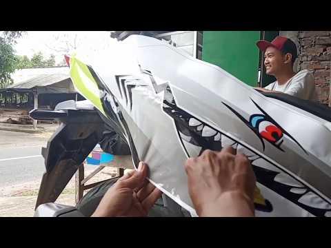 PASANG STIKER DECAL MOTOR HONDA  VARIO 150 NEW SHARK FULL BODY,,KEREEENNN.