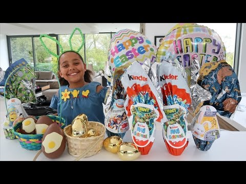 EASTER EGG HUNT! Maxi Kinder Surprise Eggs - Giant Golden Eggs - Shopkins - Peppa Pig Toys