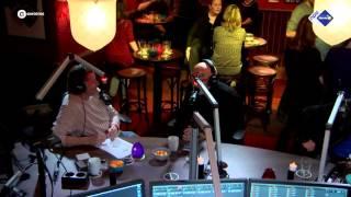 Het verhaal achter Het kleine cafe aan de haven - NPO Sterren NL Radio
