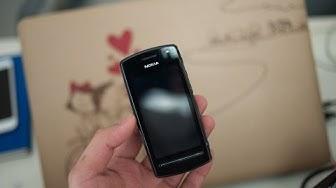 Tinhte.vn - Trên tay điện thoại cổ Nokia 600
