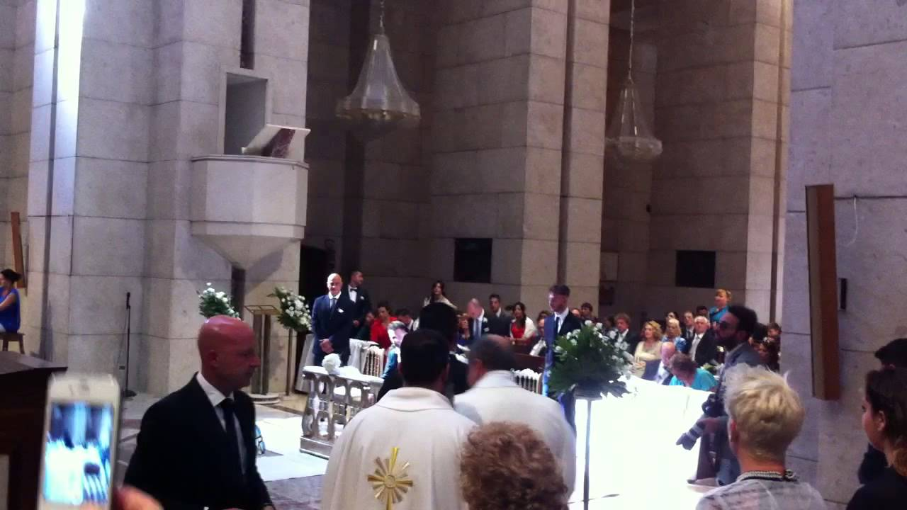 Opera Song In Church During Wedding Ceremony