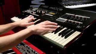 Hammond SK1 Organ -  Exclusive Demo