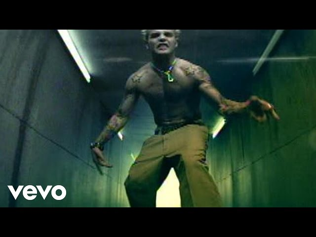 Crazy Town - Toxic (Video)