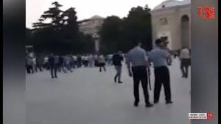 Gəncədə iğtişaşçılara bibər qazı atıldı və polis polkovniki bıçaqlandı-(görüntülər)