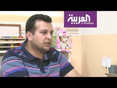 اللاجئون في رمضان: زاهر جراح سوري حولته الحرب خياطا ومدرسا  - 00:20-2017 / 6 / 20
