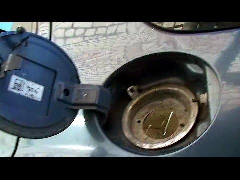 Ford Maverick Ремонт брызговика и место для заливной горловины бака #2