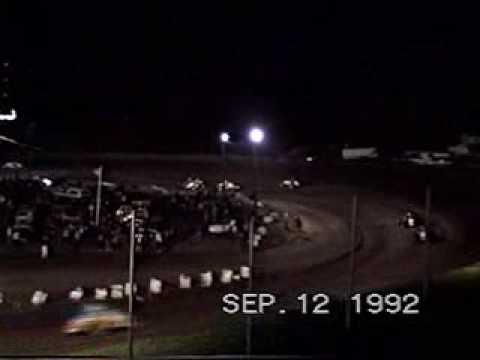 LAKE COUNTY SPEEDWAY NON WING SPRINTS 9-12-1992 RSAZ.wmv