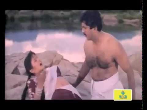 Kattabomman Movie : Romantic Scene thumbnail