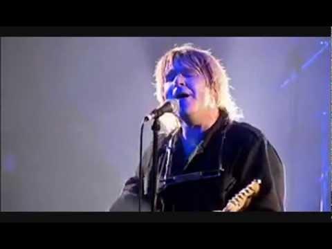 The Alarm  SPIRIT OF 76 Live at Scala London 2004 with Lyrics