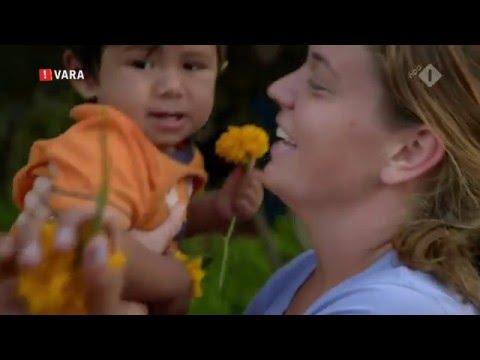 Floortje Naar Het Einde Van De Wereld (Nepal) over Maggie Doyne en haar Ravi.
