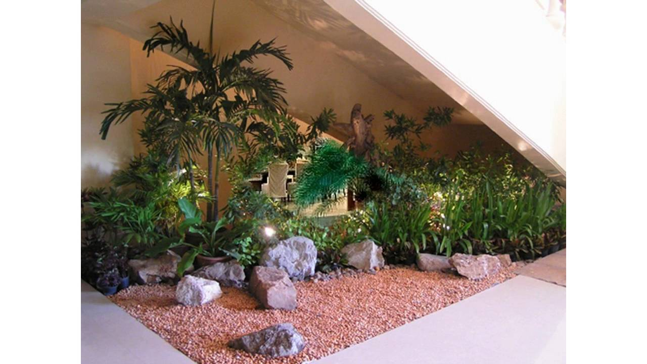 Small indoor garden youtube for Jardin indoor