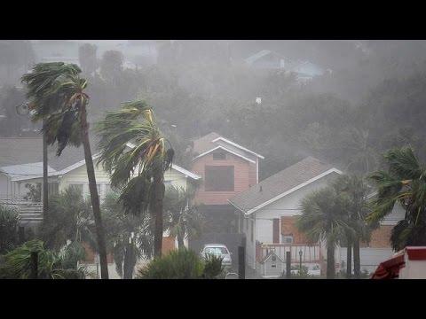 Hurricane Matthew tears up America's Atlantic coast