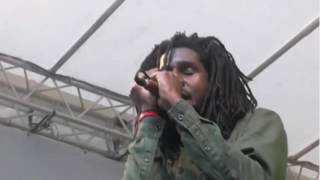 Chronixx - Like A Whistle / Spirulina / Champion @ Reggae Jam (2016)