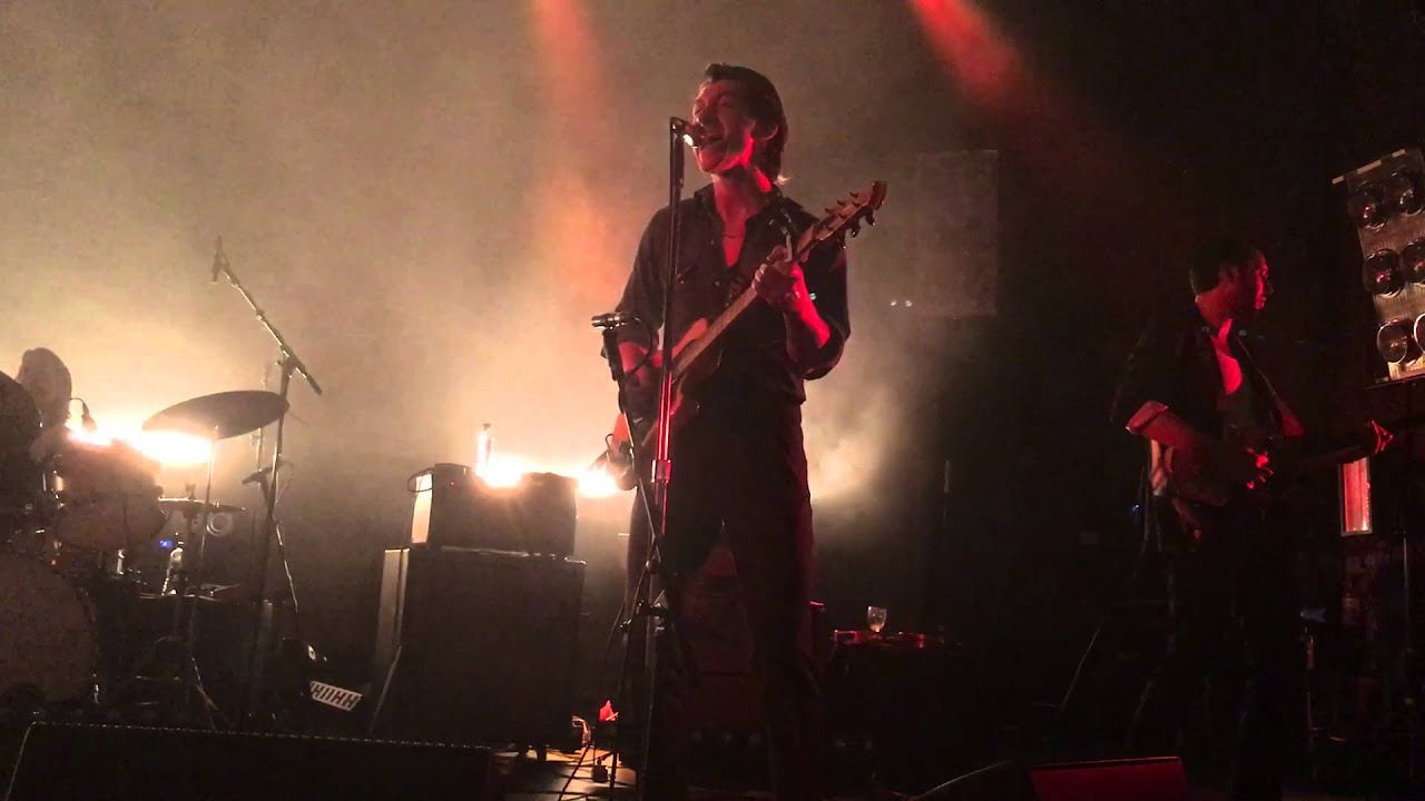 The Last Shadow Puppets - Dream Synopsis live @ Corn Exchange (Cambridge UK)
