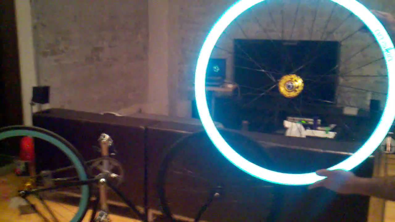 The Rim Skin Reflective Glowing Deep V Fixie Wheel Demo