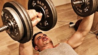 Как накачать грудные мышцы с гантелями дома!(Как накачать грудные мышцы с гантелями дома! Сегондя тренируем грудь друзья! Обязательно оставляйте свои..., 2015-11-10T10:19:48.000Z)