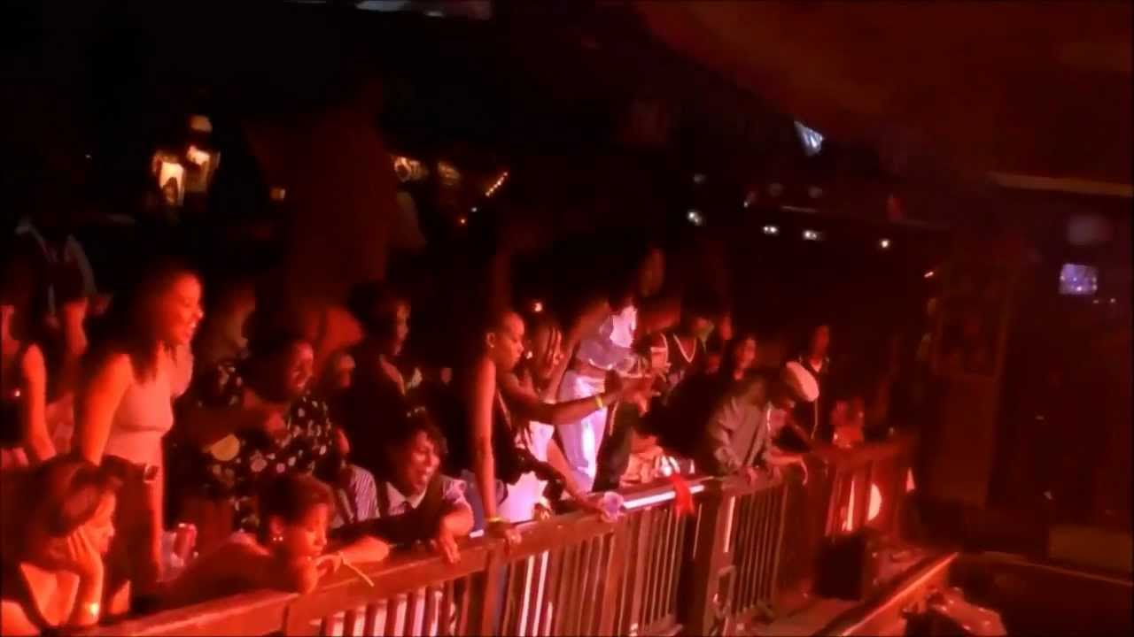 Download Snoop Dogg - Who Am I (What's My Name)? [Live at House of Blues] [HD]