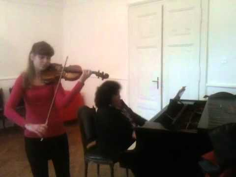 Boglarka Erdos - 14 years old violin virtuoso