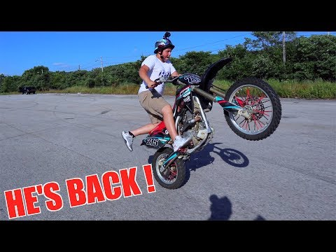 13 YEAR OLD KID WHEELIES CRF150R LIKE A PRO !