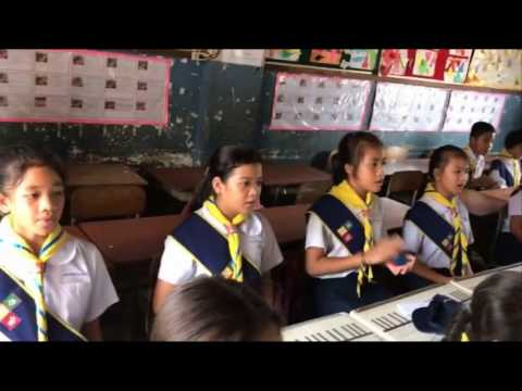 Student sing on the Preah Vihear endorsement by UNESCO World Heritage on 07 July 2008