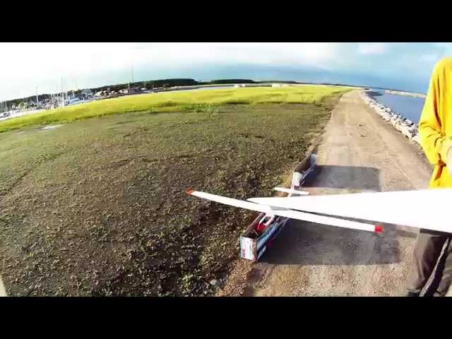 Modelfly filmer Køge marina. RC GLIDER- CAMERA ONBOARD