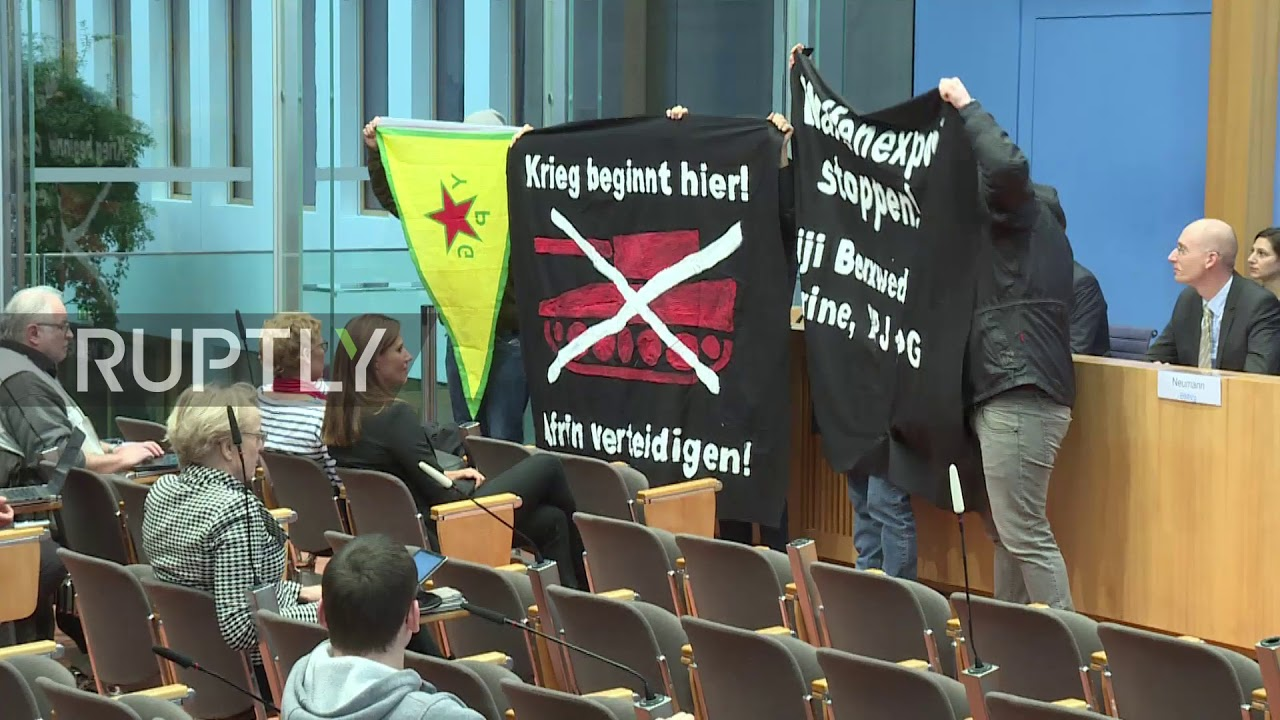 Pro-Kurdish protesters disrupt Germany's Federal Press Conference